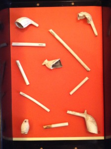 Clay pipe tray